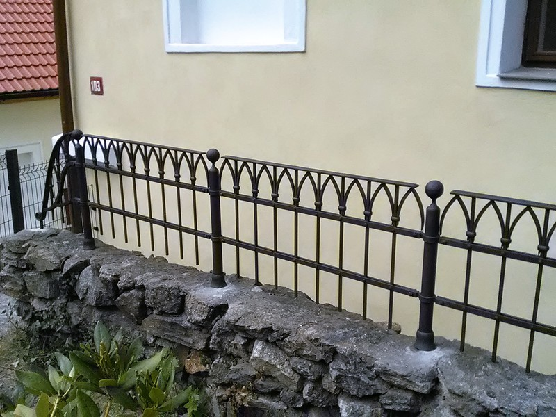 Fences, railings